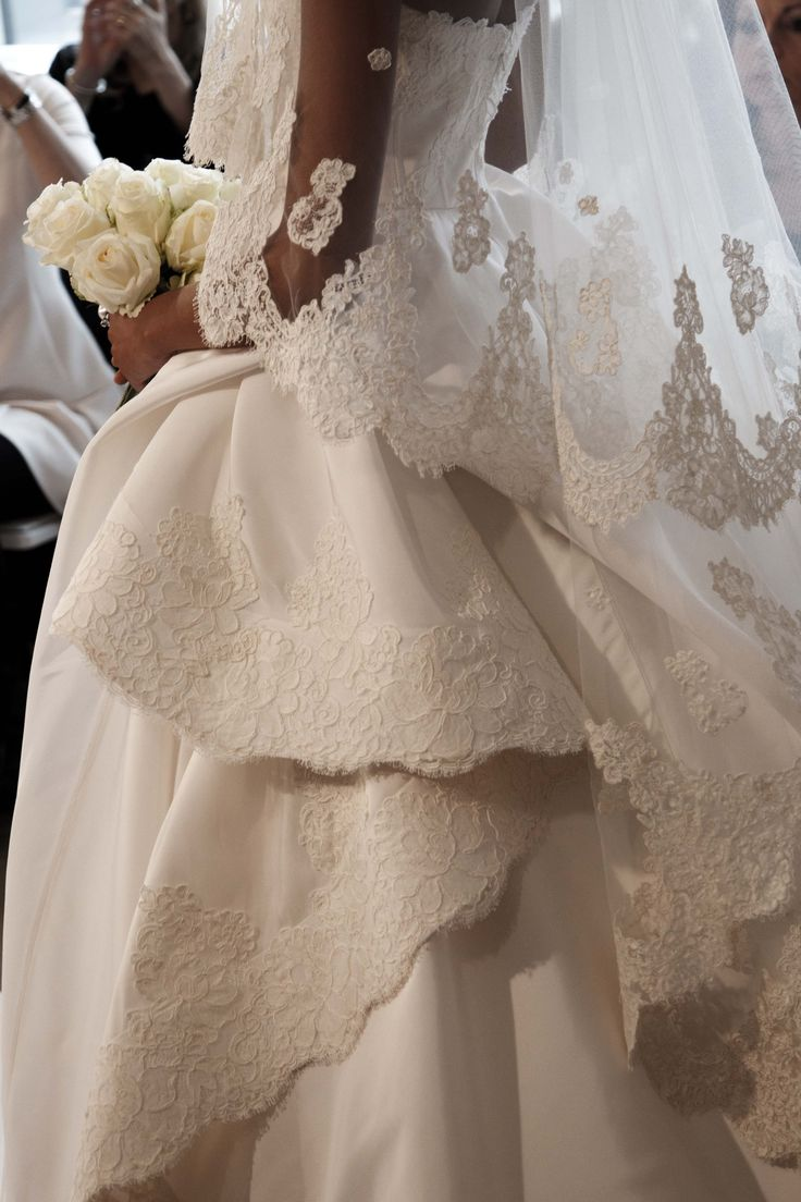 -Something about the layers. Oscar de la Renta Bridal 2015.