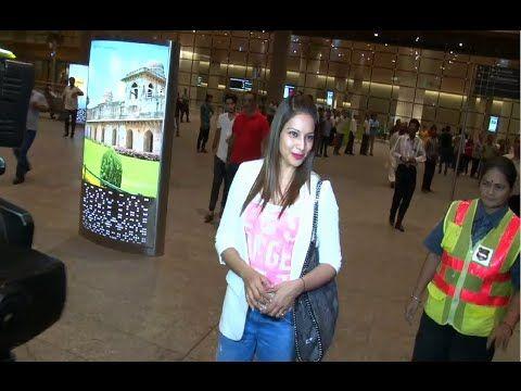WATCH Bipasha Basu at Mumbai Airport returning back from IIFA Awards 2015. See the full video at : https://youtu.be/HYgugLJBbeA #bipashabasu #iifa
