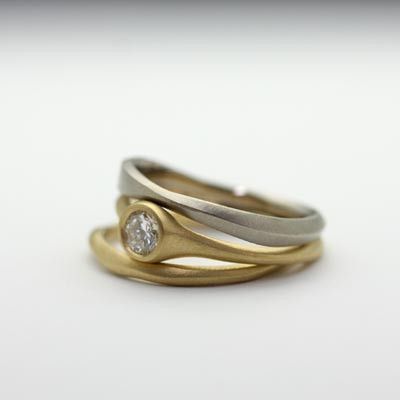 Carved three ring set
