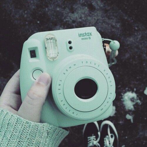 Instax mini 8 mint green