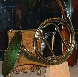 2027 best french horn images on pinterest french horn horns and instruments. Black Bedroom Furniture Sets. Home Design Ideas