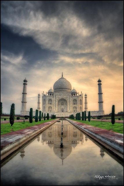 Taj-Mahal---India-2012 by philippe MANGUIN photographies, via Flickr