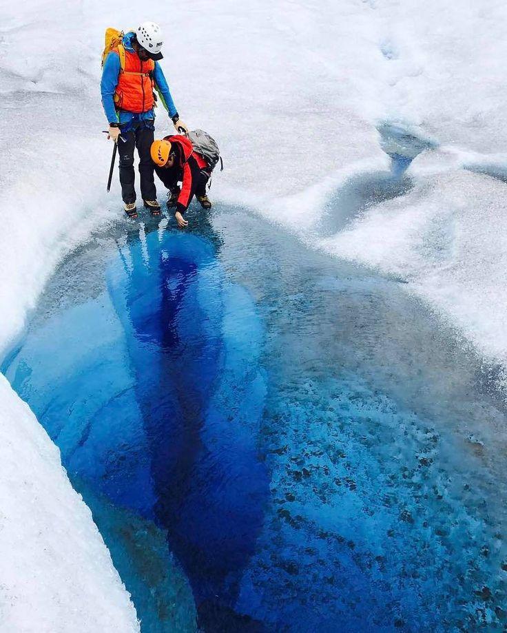 Go inside deep blue - 3rd person view *** credit to @luckyapon  #staywarm #winter #wintergloves #actionheat #coldweather #cold #winteriscoming #coldhands #fahrenheit #fahrenheitai #warmgloves #warmsocks #heatedgloves #heatedsocks #wintersports #gotomountains #mountains #mountainlovers #powdertothepeople #ice #ski #skiing #skating #climbing #playoutside #ice #freeski #health #wildspirit