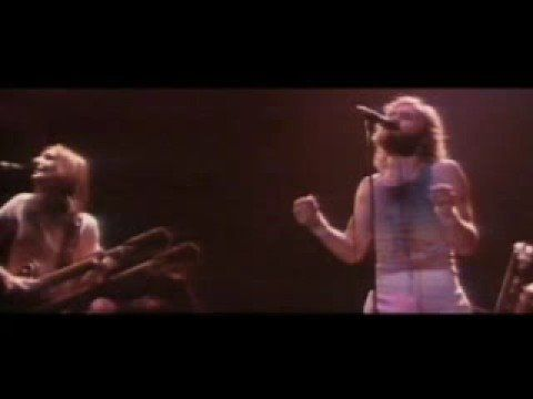 Carpet Crawlers - Genesis In Concert - 1976 - HQ w/ Phil Collins Vocals
