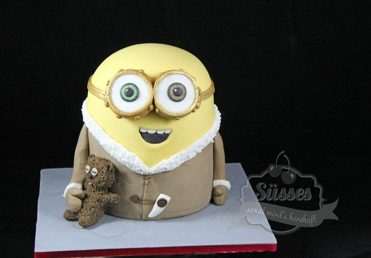 3D Torte, 3D Kuchen, Minions, Miniontorte, Minionkuchen, Minion 3D, Ich einfach unverbesserlich, Motivtorte Minion, Geburtstagskuchen3D Torte, 3D Kuchen, Minions, Miniontorte, Minionkuchen, Minion 3D, Minion Torte, Minion Cake, Minion Bob, King Bob, Minion Teddybär, minion anleitung, fondanttorten, gumpaste, minion modellieren