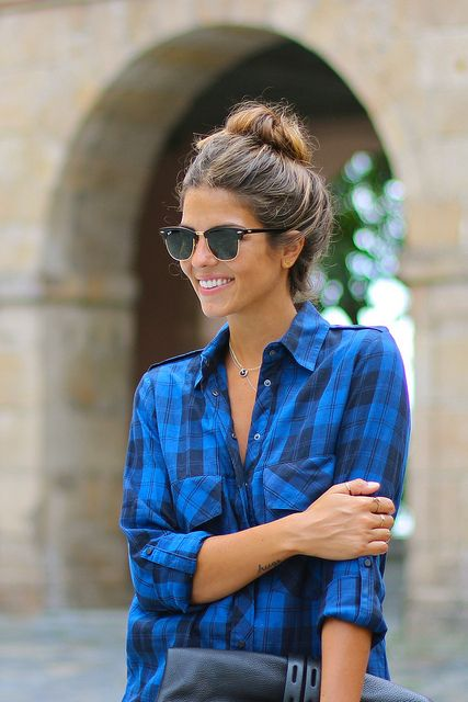 Plaid, messy bun, and aviators - perfect look for the park!: Rayban, Fashion, Flannels, Style, Messy Buns, Casual Looks, Ray Ban, Sunglasses, Blue Plaid Shirts