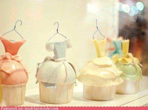 """Disney Princess """"dress"""" cupcakes"""