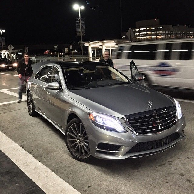 DRIVING BENZES — Mercedes-Benz S 550
