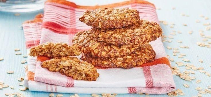 Una receta súper simple para cambiar las galletas de paquete por unas que puedes hacer tú mismo en un minuto y sin utilizar harina, mantequilla, huevos o azúcar.