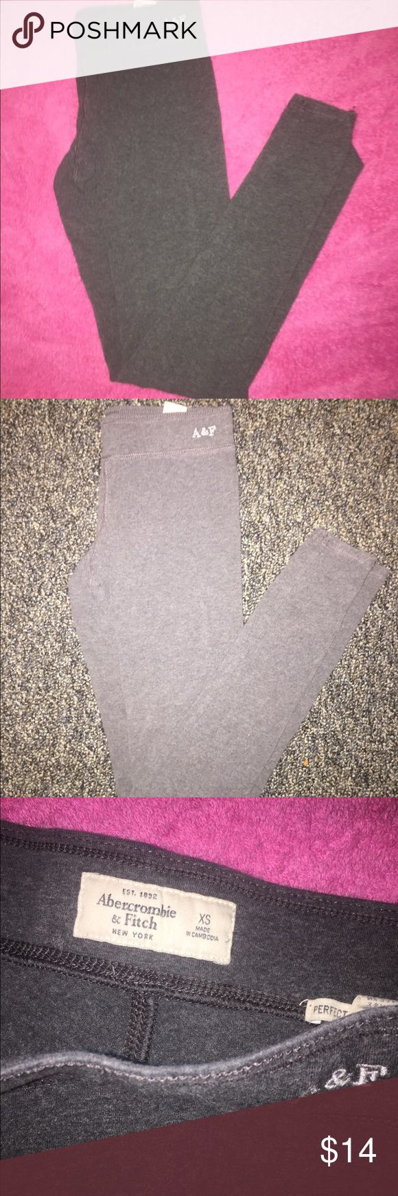 A&F Leggings Abercrombie and fitch leggings - full length - size XS - great condition ! Abercrombie & Fitch Pants Leggings