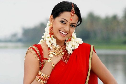 Malayalam actress Bhavana who was in news recently with the infamous molestation issues is out from the deadly incident and now is happily engaged to his longtime friend Kannada producer ...