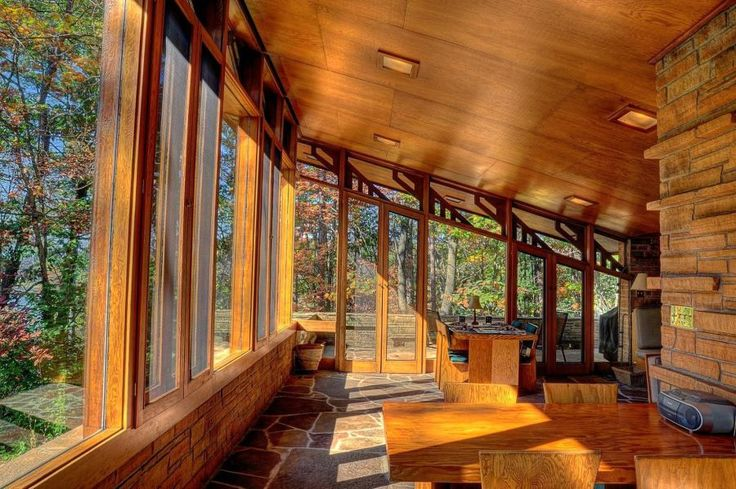 Welcome to the Seth Peterson Cottage | A 1958 Frank Lloyd Wright Masterpiece