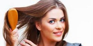Rambut Rontok Pada Perempuan  Rambut rontok mungkin bisa kita atasi dengan berbagai cara baik secara ilmiah dan cara-cara tradisional. Banyak sekali cara yang dishare di beberapa web di google. Namun saya sendiri belum mencobanya karena rambut saya tidak rontok.. Oleh sebab itu kita harus benar-benar merawat rambut ya.  Kerontokan pada wanita itu karena rambut wanita tidak di jaga. Oleh sebab itu sering terjadi kerusakan serius dan bahkan dapat menimbulkan kebotakan secara tragis. Nah…