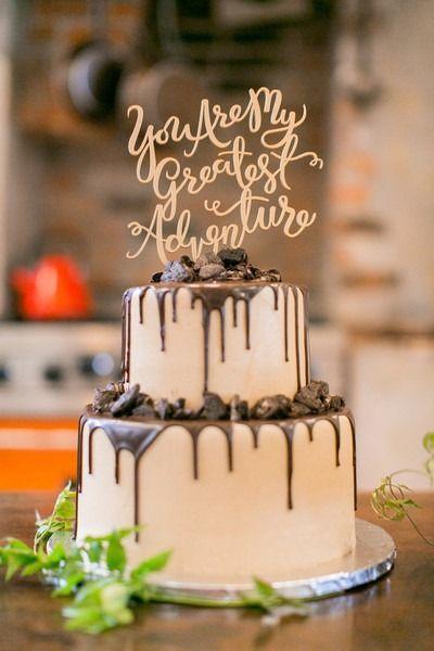"""cool Pièce montée 2017 - Idée moderne de gâteau de mariage - gâteau à goutte à deux niveaux avec """"Vous êtes ma plus grande ..."""