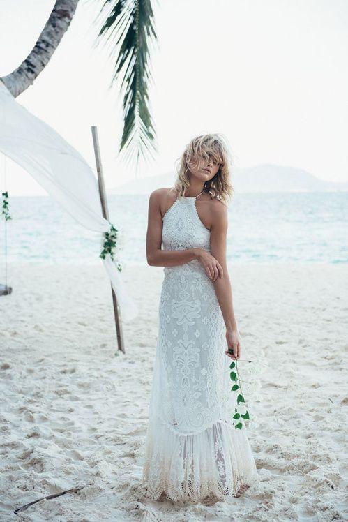 La robe de mariée Casablanca Halter de Spell crochet dentelle dos nu blanche australie Byron Bay bohème http://www.vogue.fr/mariage/adresses/diaporama/spell-dvoile-sa-premire-collection-de-robes-de-marie/22223#la-robe-de-marie-casablanca-halter-de-spell