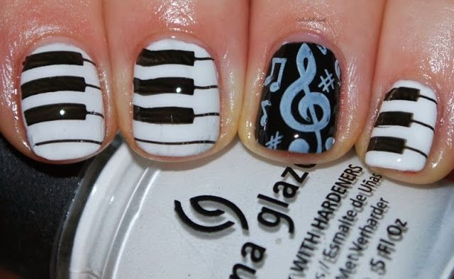 Musical nails www.colorfulcrack.com
