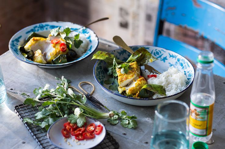 A dish that always catches my eye is this grilled fish in banana leaves – so vibrant in colour.