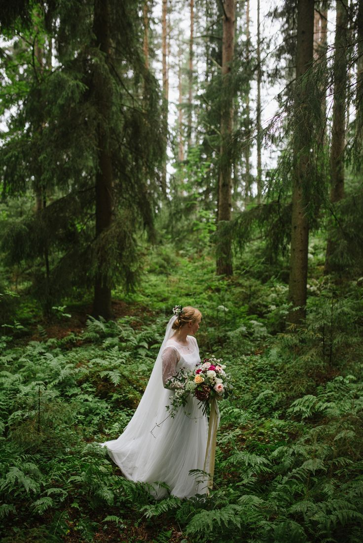 Real wedding story by Nordic wedding photographer Julia Lillqvist | Johanna and Simon | Finland Wedding Photographer | http://julialillqvist.com