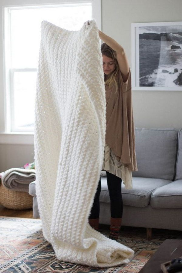 Easy Crochet Chunky Blanket