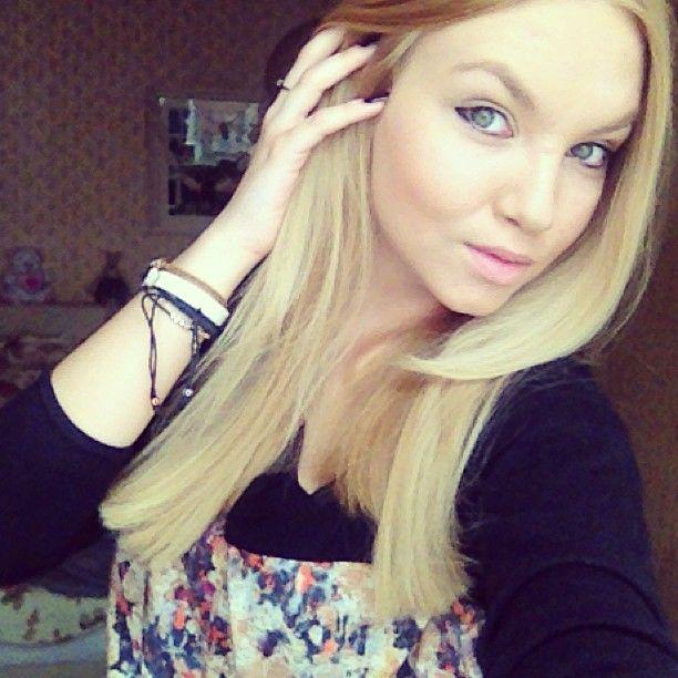 Kiara Louise (viralsexycom) on Pinterest
