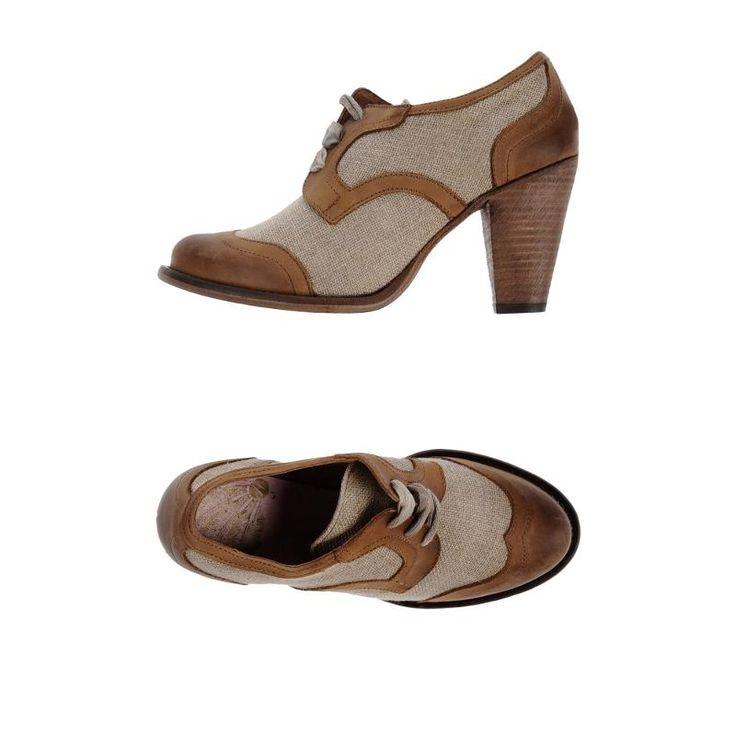 PRADA Chaussures cloutees noir UK 9 US 10 EU 43