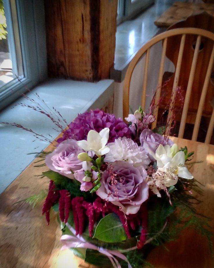 "23 aprecieri, 1 comentarii - Floraria Dorothy's (@florariadorothys) pe Instagram: ""Ready for the party.. #weddingflowers #cluj #clujlife #clujnapoca #floricluj #florariecluj…"""