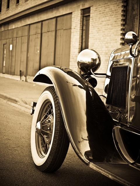 Old ride. Slick!