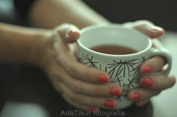 Taza de Te y chocolate caliente (adatikur.com)