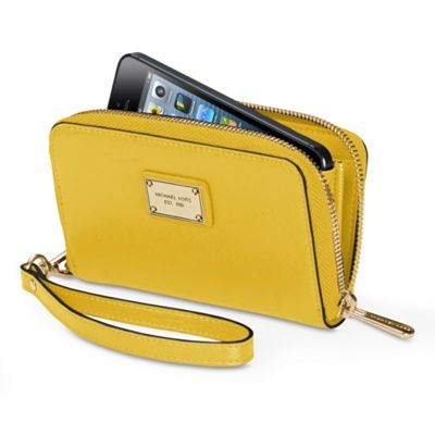 MICHAEL Michael Kors Essential Zip Wallet for iPhone 5s - Apple Store (U.S.)