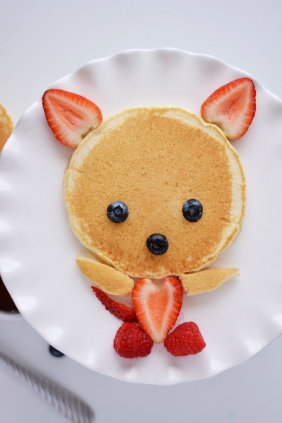 """Très sympa et facile pour un dimanche matin : le pancake """"ourson"""" aux fruits rouges"""