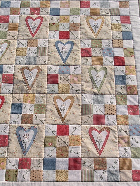 Bareroots 'Hearts & Flowers' quilt by Bloom and Blossom