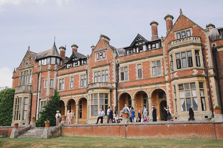 Take A Look At What This Stunning Surrey Wedding Venue Has In For You