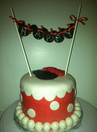 ... Minnie Mouse birthday cake.  Amazing Treats  Pinterest  Los angeles