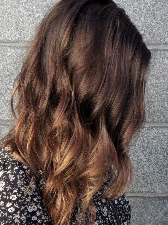http://www.lily.fi/blogit/id-rather-hair-you-now/huurteisen-kuparinen-ombre