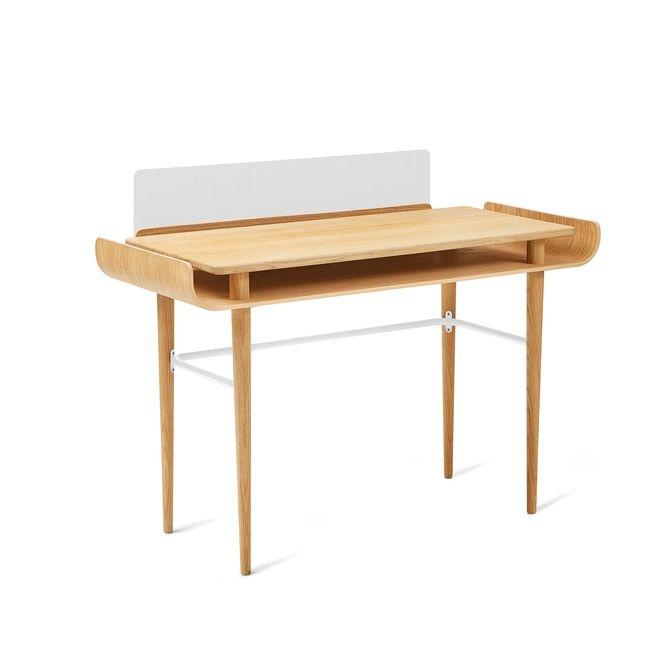 Zachwycające i niezwykle oryginalne biurko Gapa. Projekt i wykonanie: Tabanda  #biurko #tabanda #gapa #homeoffice #design #desk #polishdesign #wooddesign