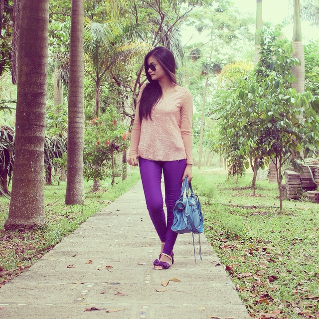I'M STUCK ON YOU  Vern (@vernenciso) wears a top from SOUL lifestyle on her birthday! :)  http://www.vernenciso.com/2012/03/im-stuck-on-you.html