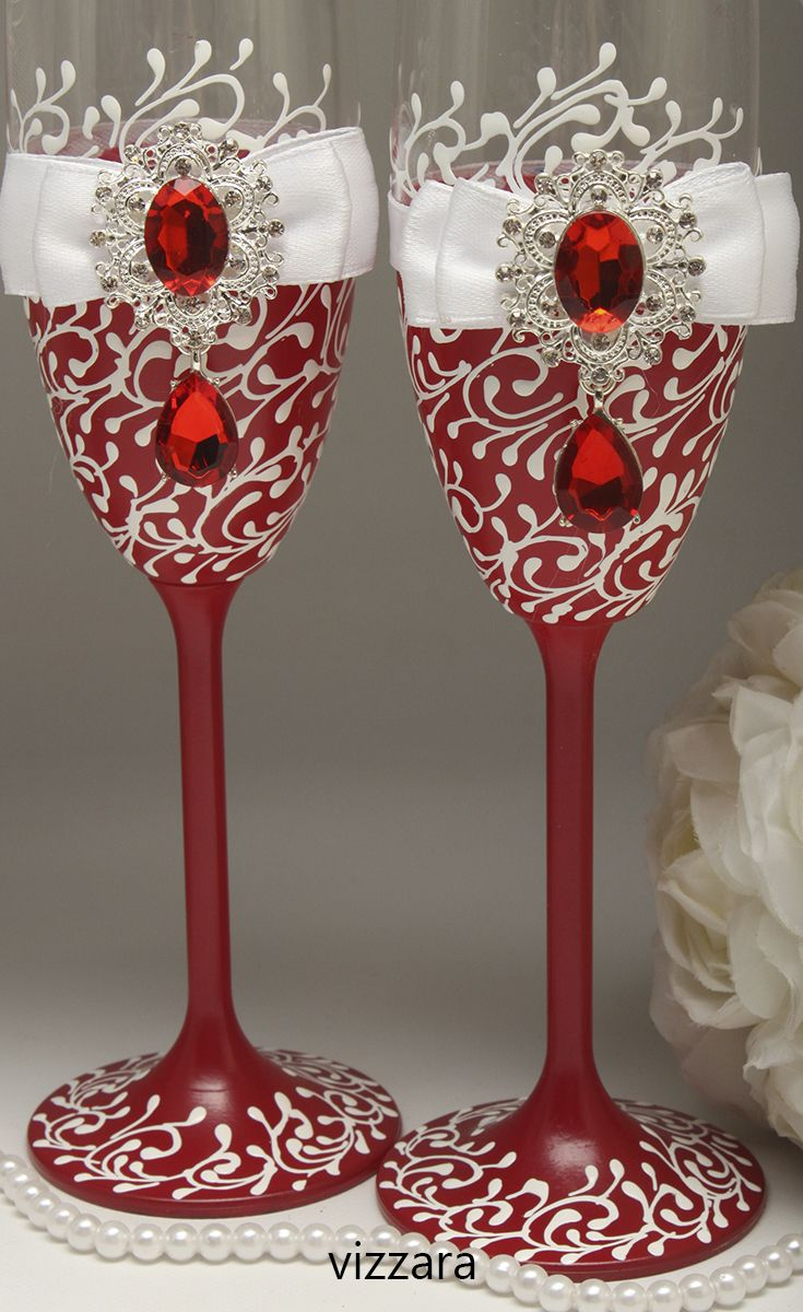 Champagne Glasses Red Wedding Personalized Champagne Glasses Red And White Wedding Champagne Glasses Wedding White And Red Wedding Red White Hand Painted Champagne Flutes Hand Painted Champagne Glasses Wedding Wine Glasses