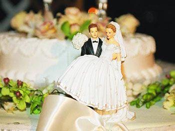 Статья о том, как сэкономить на организации свадьбы без ущерба качеству проведения торжества. Практические советы и полезные рекомендации.