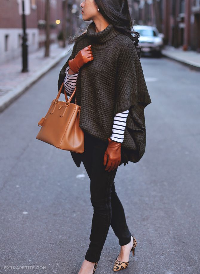 how to wear a poncho sweater + leather gloves for short fingers