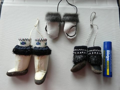 Inuit made miniature kamiks & mitts w/ sealskin by Joanna Kilabuk-Evic
