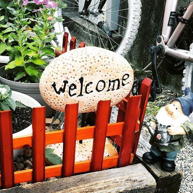 こんばんは!町家バルです! 本日10月6日金曜日空席ありです😊 皆さまの御来店お待ちしております😁 本日も17:00からOPENしております✨ よろしくお願いします🙇 LINEのお友達登録でお得な情報をゲット👍 「友達追加」からID検索してね! ID→@machiyabar  #町家バル #伊勢 #河崎 #蔵 #隠れ家 #町家 #町屋 #バー #バル #ダイニングバー #イタリアン #飲み会 #女子会 #パーティー #洋食 #ワイン #カクテル #世界のビール #地ビール #伊勢角屋麦酒  #カールスバーグ #お酒 #パスタ #生パスタ #アヒージョ #肉 #前菜 #タパス #ピッツァ #ディナー
