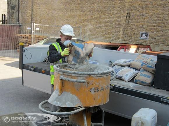 CSC Screeding pan mixer in action