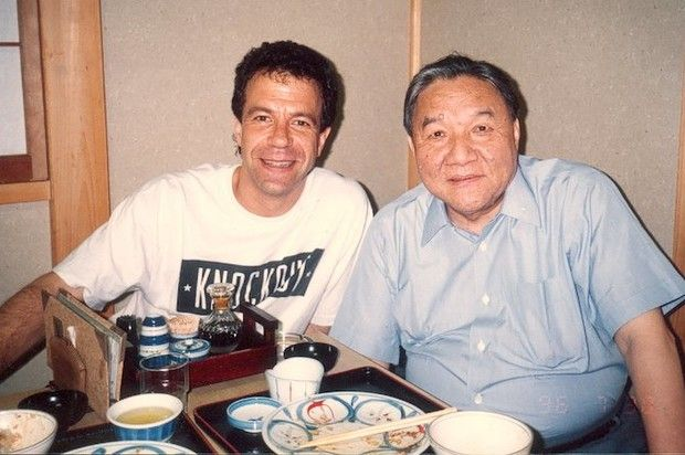 """Creator Of The TR-808 Drum Machine And """"Godfather"""" Of MIDI Has Passed Away At 87  Ikutaro Kakehashi founded the Roland Corporation in 1972. http://www.hotnewhiphop.com/creator-of-the-tr-808-drum-machine-and-godfather-of-midi-has-passed-away-at-87-news.30854.html  http://feedproxy.google.com/~r/realhotnewhiphop/~3/Zfa_XcJPr-M/creator-of-the-tr-808-drum-machine-and-godfather-of-midi-has-passed-away-at-87-news.30854.html   #DDCMusic"""