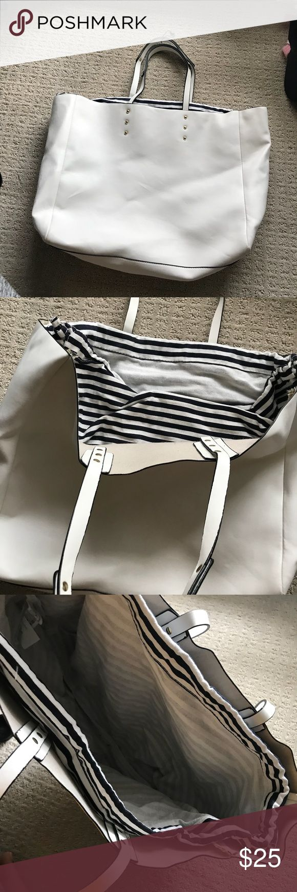 White Zara Tote Bag Brand new without tags never used, has black and white striped lining on the inside. No trades and price is firm Zara Bags Totes