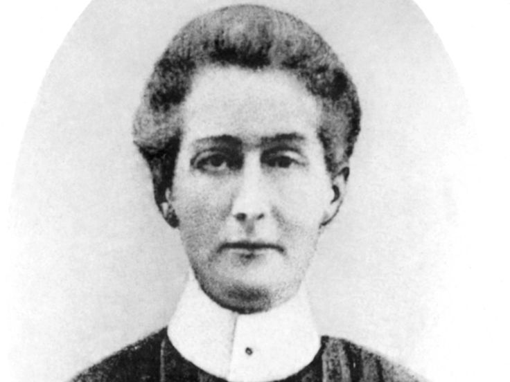 """Edith Cavell  """"I realize that patriotism is not enough. I must have no hatred or bitterness towards anyone."""""""