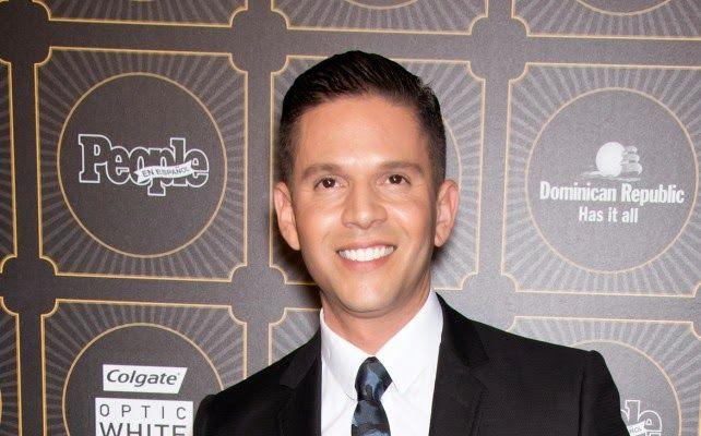 Armario de Noticias: Despiden a presentador de Univision por comentario...
