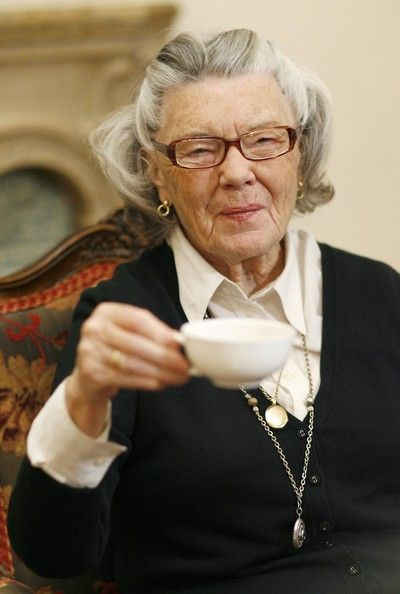 One of my very favorite authors Rosamunde Pilcher.