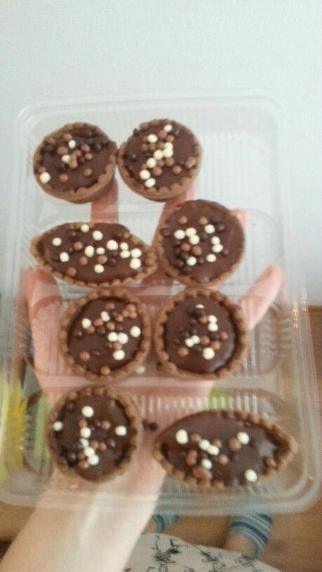 Cute candybar chocopudding tarts by me :X