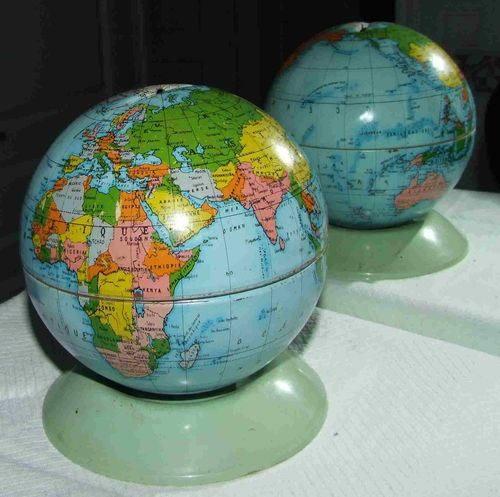 GLOBE~Superbe Tirelire Mappemonde Globe Terrestre Années 60 EN Métal Mont Blanc