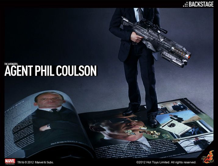 Hot Toys Agent Phil Coulson 1/6 scale figure! - Avengers
